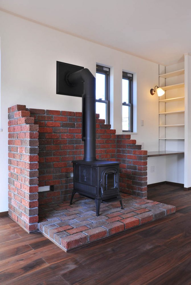暖炉のある家イメージ3
