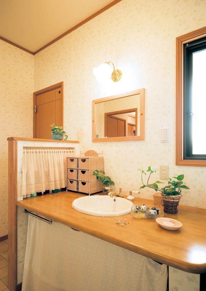 おとぎ話に出てくるようなロマンティックな家イメージ3